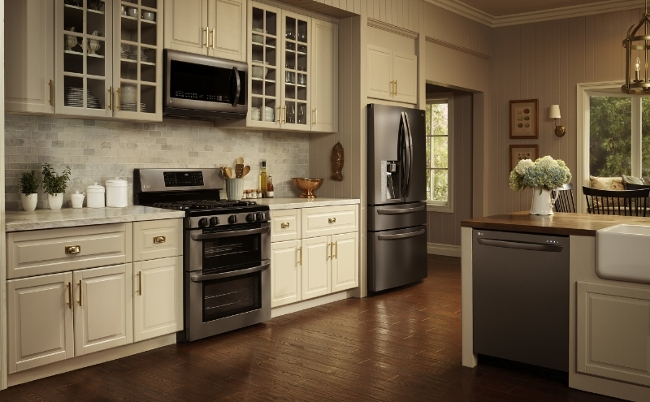 Black Kitchen Liances Vs Stainless Steel New House Designs